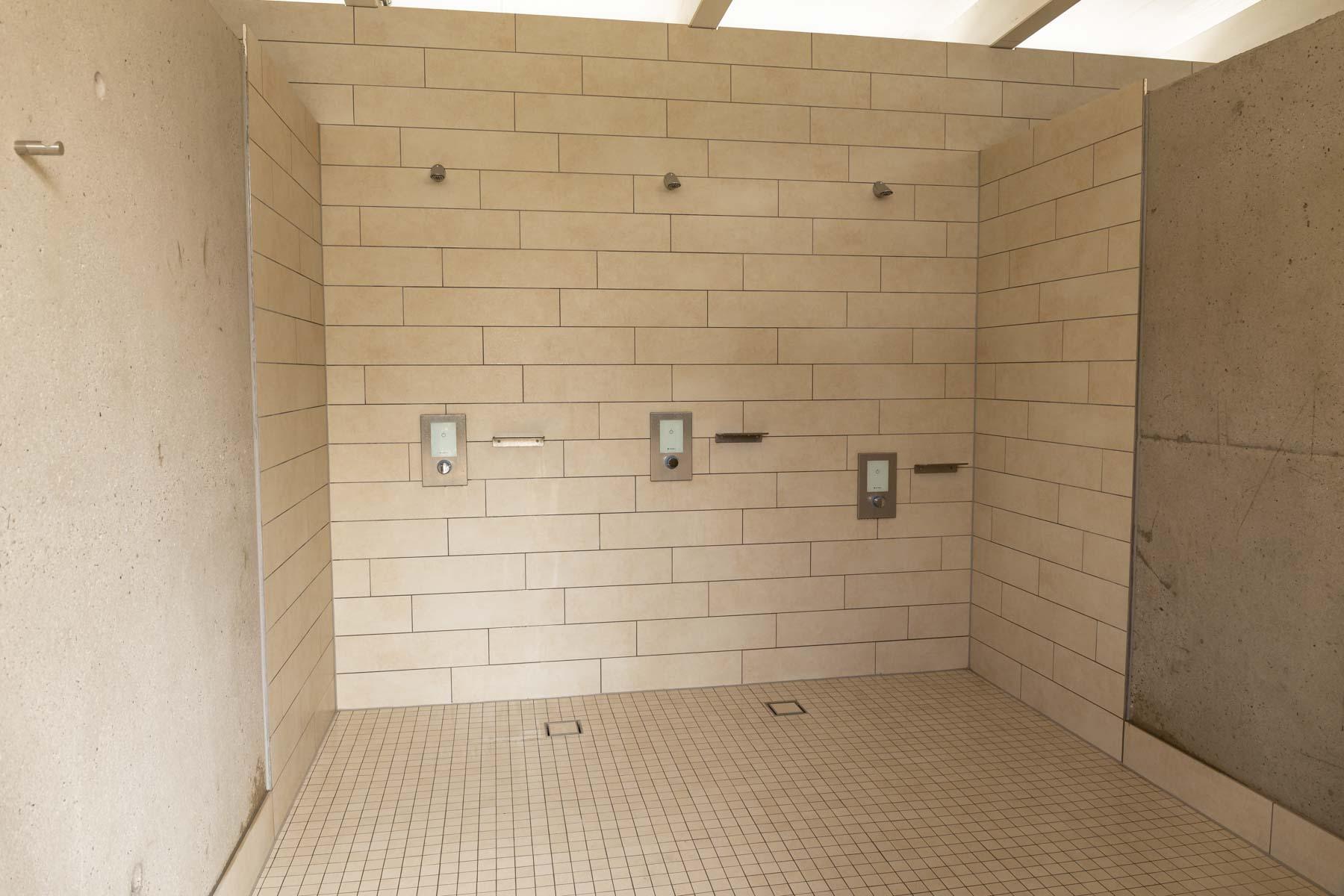 Schwimmbad Offenburg, professionelle Sanierung der Sanitärtechnik von den Sanitärexperten der Knopf Haustechnik
